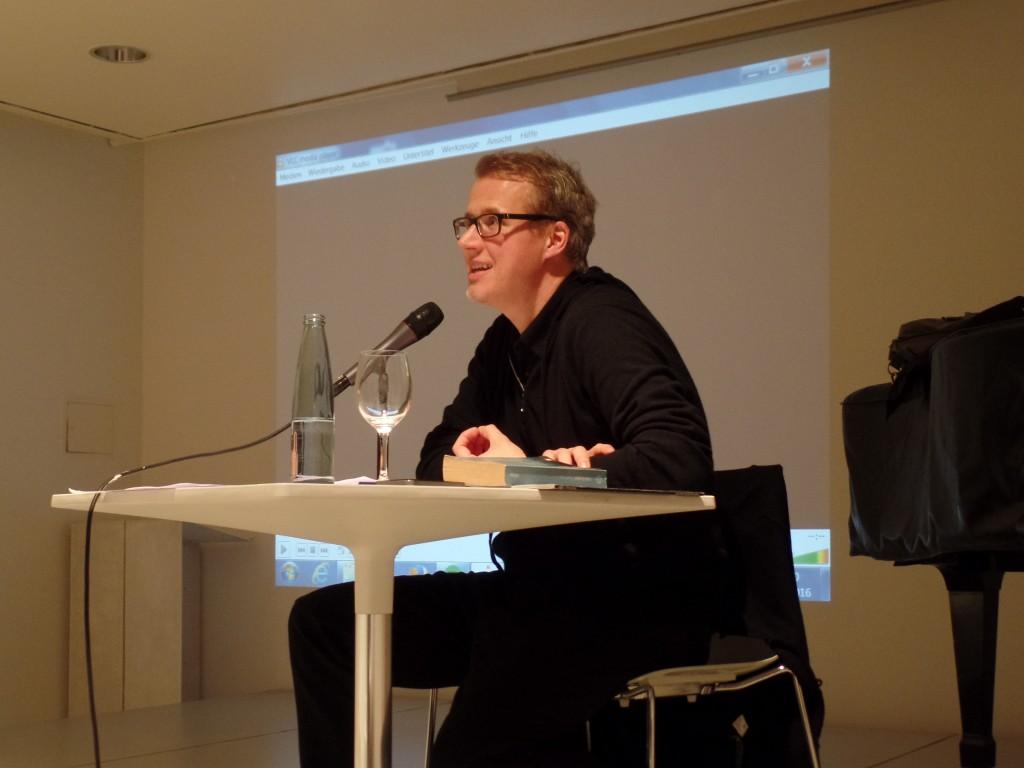 25.01.2016 - Falk Richter während der 3. Vorlesung in der Saarbrücker Stadtgalerie